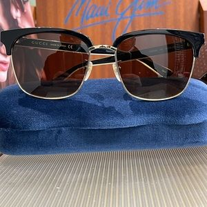 Brand New 100% Authentic Gucci sunglass GG0382S